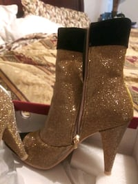 Gold Booties New Orleans, 70127