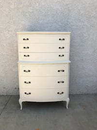 white wooden 4-drawer chest Los Angeles, 91401
