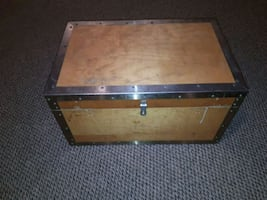 Locking hope chest