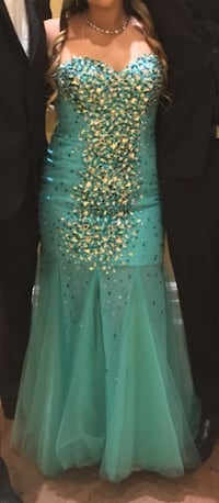 Turquoise Sequins Sleeveless Prom Dress Toronto, M9W 1Y7