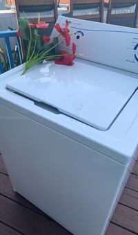 Washing machine  Calgary, T3J 3E1
