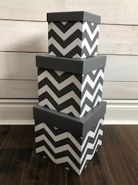 NEVER USED! Set of 3 Hallmark Nesting Cardboard Gift or Display Boxes Markham, L3P 3L9