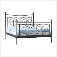 Queen bed frame, box spring and mattress Whitby, L1M 0C2