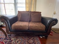 Couches Elkridge, 21075