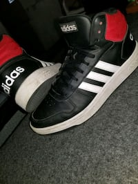 black red and white Adidas hightops Victoria, V9B 6J5