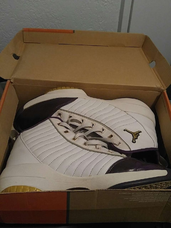 3a181501f9f8 Used Jordan laker color 19s size 9.5 for sale in Los Angeles - letgo