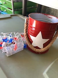 Red 4th of July bucket & lights