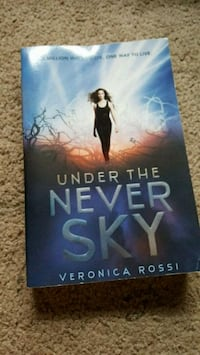 Under the never sky - Veronica Roth North Branch, 48461