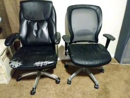 Computer desk chairs 2 at $10 each