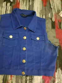Jean blue vest Burlington, L7L 7H5