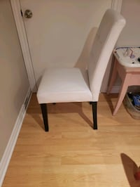 6 kitchen / dining room chairs Montreal, H3G 1M8
