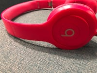Beats headphones immaculate condition New Price  Richmond Hill, L4C 0X4