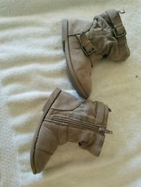Toddler girls boots size 9c Chicago, 60652