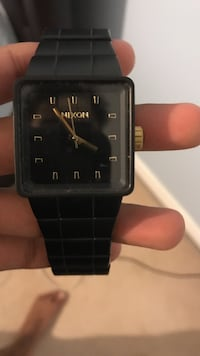 Nixon gunmetal black watch Burlington, L7M 4Z3
