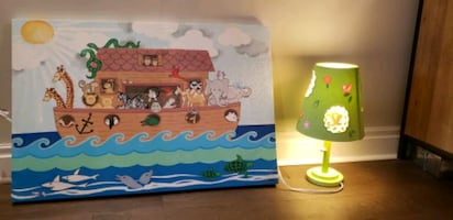 Children's painting and lamp
