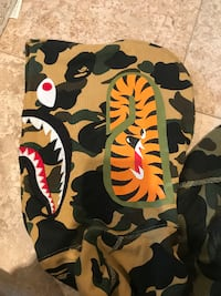 BAPE SHARK SWEAT VARSITY FULL ZIP HOODIE Toronto