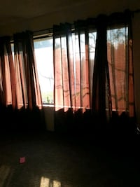 8 pice curtains with rode  Merced