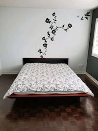 Queen Bed with Mattress - Free pick up  Vaughan