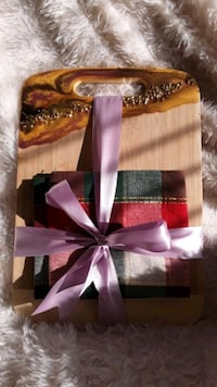 Epoxy Art,Christmas gift,Hand made,Bread Cutting Board or Cheese plate Calgary, T3A 1R9