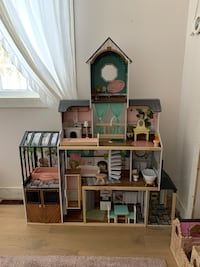 Brand New Kidkraft Dollhouse New Tecumseth, L0G 1V2