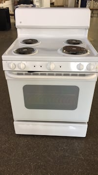 Never Used! GE Electric Stove Rayne, 70578