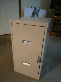 2 Drawer Letter Size Vertical Tan Filing Cabinet Kutztown, 19530