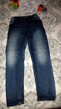 Practically new Miss Me skinny jeans! Size 29! San Antonio, 78258
