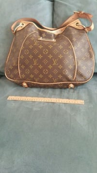 Leather Purse! Accepting reasonable offer  Frederick