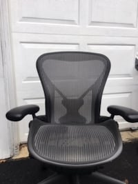 Aeron Chair by Herman Miller Size B Loaded! Posture fit Lumbar, Nice - $299 (Frederick. MD) Frederick