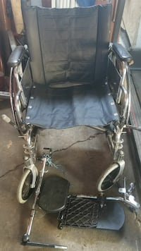 Black wheel chair good condition had it in storage Los Angeles, 90023