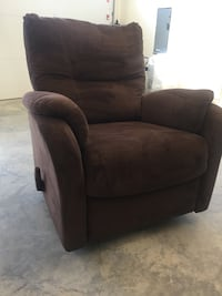 brown recliner sofa chair Langley, V3A 1R9