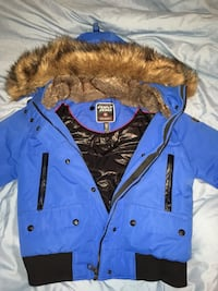 blue and black button-up jacket Laval, H7W 2Z6