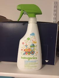 Toy and highchair cleaner used 2-3 times only Newmarket, L3Y 8H5