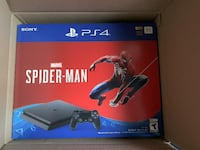 black Sony PS4 Pro box < 1 km