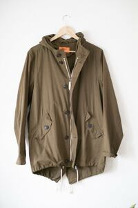 Olive Green Hooded Army Spring / Fall Coat, Fishtail Toronto, M4L 3C7