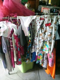 Women children and baby clothes Cleveland, 37323