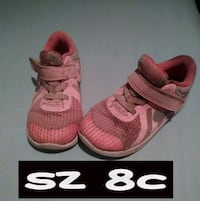 size 8c pink-and-grey Nike running shoes Corpus Christi, 78410