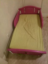 pink and white wooden bed frame Bakersfield, 93304
