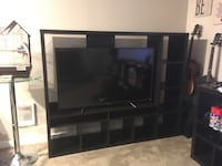 IKEA tv stand (tv not included) Kent, 98032
