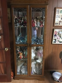 Beautiful Glass Cabinet  Baltimore, 21224