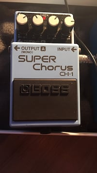 black and white Boss super chorus CH-1 St Catharines, L2S 1R6