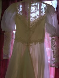 Wedding Dress Mount Airy, 21771