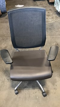 New rolling brown leather office desk chairs. I have multiple  New York, 10019