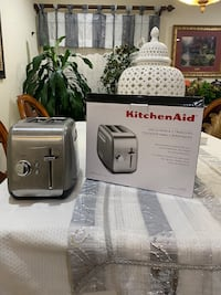 New Kitchen aid toaster  Springfield, 22150