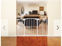 New, unused.. Dreambaby Chelsea Xtra-Wide Hallway Auto-Close Security Gate St Thomas, N5R 6M6