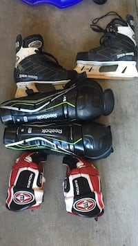 Size 11 skates L shine/knee pads and gloves Edmonton, T5J