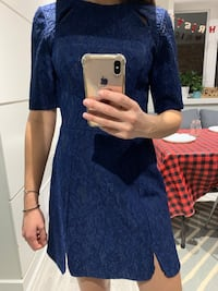 Navy dress - size US 4 Toronto, M6S 2Z8
