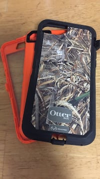 Black and red Otter Box iPhone case Knoxville, 37918