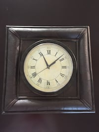 Battery operated Wall clock Vaughan, L4H 1G5