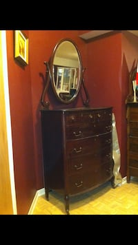 Brown wooden dresser with mirror Laval